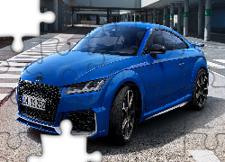 Audi TT RS, Coupe