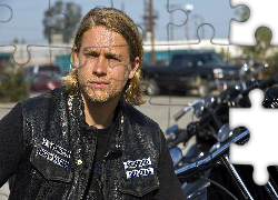Charlie Hunnam, Kurtka, Synowie Anarchii, Sons of Anarchy