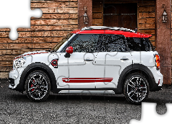 Mini Countryman, Bok