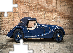 Morgan 4/4 80th Anniversary Edition, 2016, Mur, Cegły